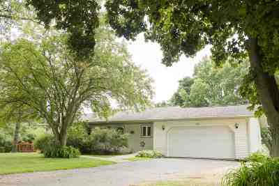 Rock County Single Family Home For Sale: 120 Haberdale Dr