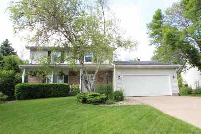 Fitchburg WI Single Family Home For Sale: $260,000