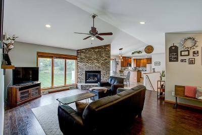 Rock County Single Family Home For Sale: 62 Cortland Dr
