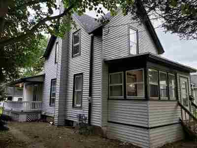 Rock County Single Family Home For Sale: 1518 St Lawrence Ave
