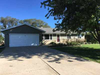 Green County Single Family Home For Sale: W5526 Rolling Acres Ln
