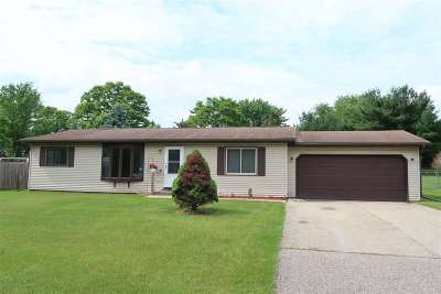 Lodi Single Family Home For Sale: W10588 Airport Rd