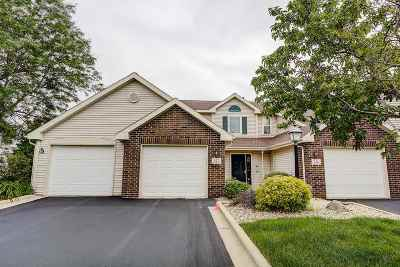 Waunakee Condo/Townhouse For Sale: 275 Kearney Way