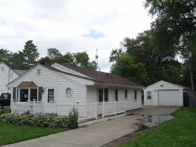 Rock County Single Family Home For Sale: 1929 S Dewey Ave