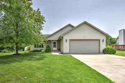 Sun Prairie Single Family Home For Sale: 609 Grandview Dr