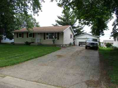 Deforest WI Single Family Home For Auction: $259,000