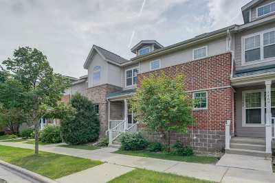 Fitchburg Condo/Townhouse For Sale: 5467 Caddis Bend