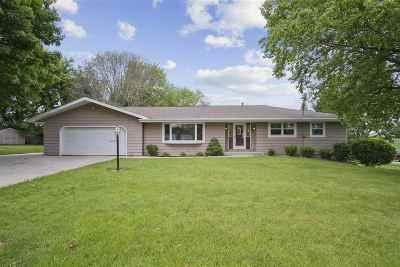 Middleton Single Family Home For Sale: 5197 Brabender Rd