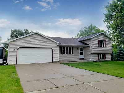 Rock County Single Family Home For Sale: 2410 Greenwood Dr