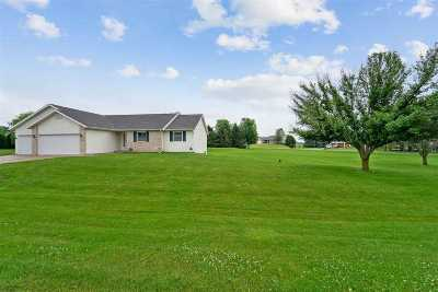 Dane County Single Family Home For Sale: 6700 Tartan Tr