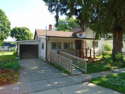 Black Earth Single Family Home For Sale: 1422 Spring St