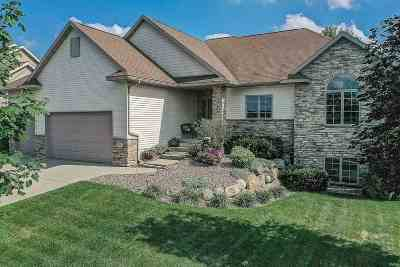 Waunakee Single Family Home For Sale: 518 Skyview Dr