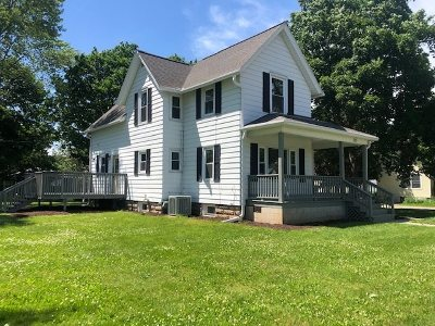 Sauk City WI Single Family Home For Sale: $269,900