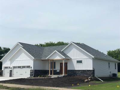 Cottage Grove Single Family Home For Sale: 3019 Red Hawk Tr