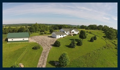 Waterloo Single Family Home For Sale: N7713 Toppe Rd