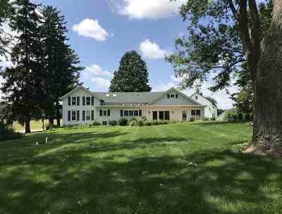 Sauk City WI Single Family Home For Sale: $537,500