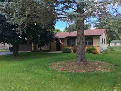 Janesville Single Family Home For Sale: 3405 Royal Rd