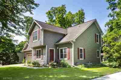 Madison Single Family Home For Sale: 1014 Shorewood Blvd