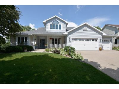 Sun Prairie Single Family Home For Sale: 1222 Cardinal Crest Dr