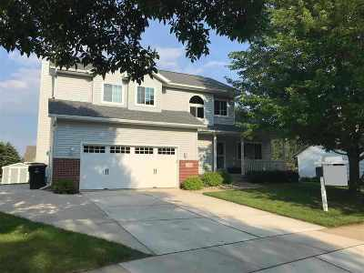 Deforest Single Family Home For Sale: 513 Meadow View Ln