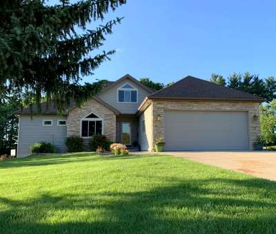 Green County Single Family Home For Sale: W4686 Woodridge Dr