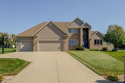 Sun Prairie Single Family Home For Sale: 3042 Saddle Brooke Tr