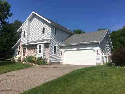 Baraboo WI Single Family Home For Sale: $246,800