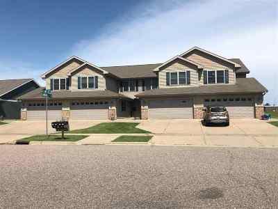 Prairie Du Sac Condo/Townhouse For Sale: 1028 20th St #3