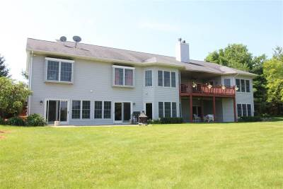 Beloit Single Family Home For Sale: 1898 Townhall Rd