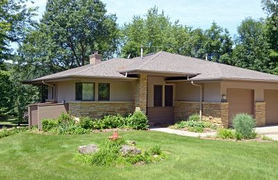 Iowa County Single Family Home For Sale: 113 Aspen Glen Dr
