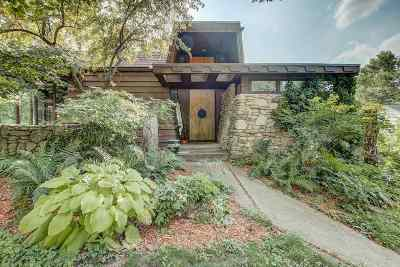 Madison Single Family Home For Sale: 202 N Blackhawk Ave