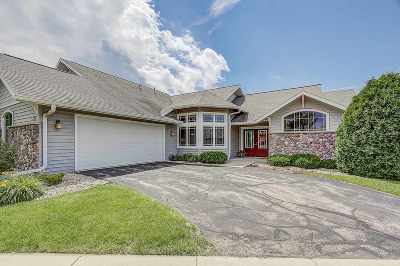 Dane County Single Family Home For Sale: 1706 Dewberry Dr