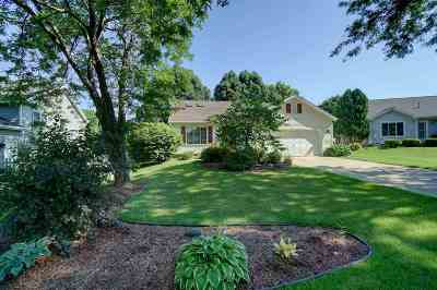 Dane County Single Family Home For Sale: 14 Forge Ct
