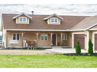 Columbia County Single Family Home For Sale: N3346 Anderson Rd