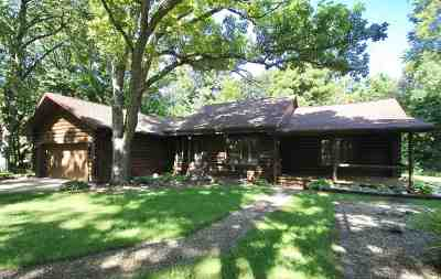 Rock County Single Family Home For Sale: 619 W Newark Rd