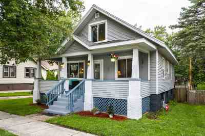 Columbia County Single Family Home For Sale: 219 E Howard St