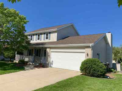 Deforest Single Family Home For Sale: 606 Greenfield Dr