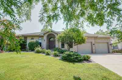 Madison Single Family Home For Sale: 817 Stagecoach Tr