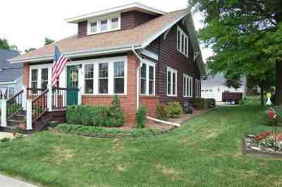 Richland Center Single Family Home For Sale: 967 N Church St