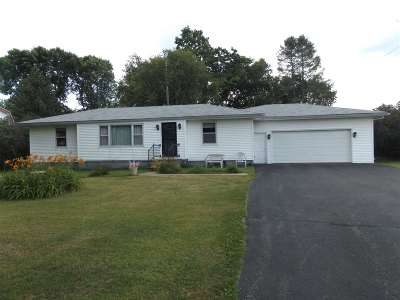 Wisconsin Dells Single Family Home For Sale: W14827 Hwy 127