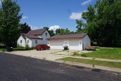 Sauk County Single Family Home For Sale: 614 Laurel St
