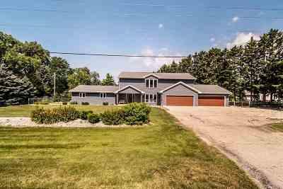 Milton Single Family Home For Sale: 4441 N John Paul Rd