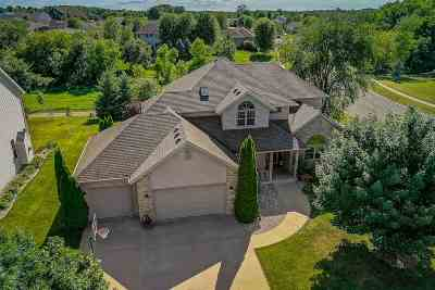 Dane County Single Family Home For Sale: 2087 Frawley Dr