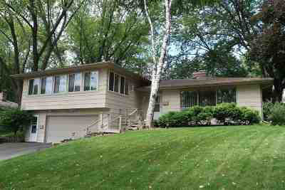 Deforest Single Family Home For Sale: 212 Acker Pky