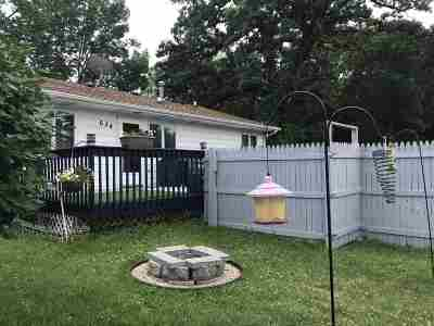 Baraboo Single Family Home For Sale: 634 7th Ave