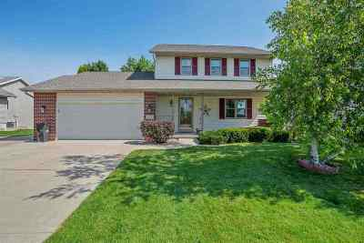 Dane County Single Family Home For Sale: 1153 Lincoln Rd