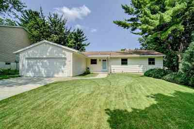 Dane County Single Family Home For Sale: 2622 Homestead Rd