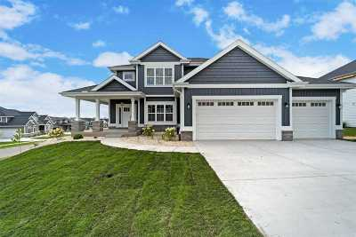 Waunakee Single Family Home For Sale: 2306 Freshford Dr