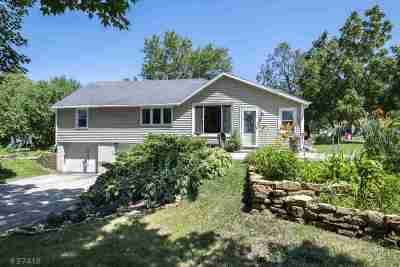 Mount Horeb Single Family Home For Sale: 408 W Main St