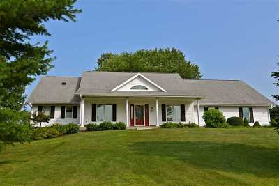 Janesville Single Family Home For Sale: 3502 N Harmony Townhall Rd